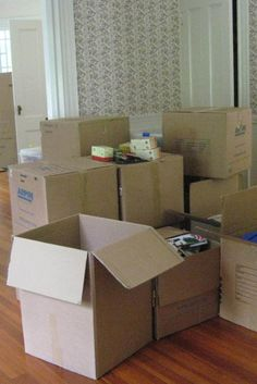"10 Ways To Get Organized For A Move This is one of the best list of ""to-dos"" as you get ready to move."