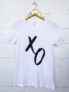 Graphic Tee. XO Shir