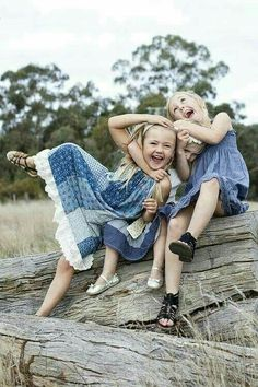 Little girls just wanna have fun! Beautiful Smile, Beautiful Children, Little People, Little Ones, Cute Kids, Cute Babies, Baby Kind, Just Smile, Happy Moments