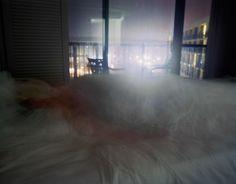 Retratando el insomnio: fantasmas atrapados en un sueño ligero