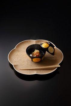japanese food, sushi, sashimi, japanese sweets, for japan lovers Japanese Modern, Japanese Aesthetic, Japanese Design, Japanese Culture, Japanese Dishes, Japanese Food, Japanese Ramen, Japanese Sweets, Bento