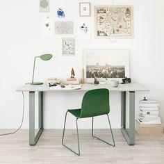 Minimalistic scandinavian style table by Muuto
