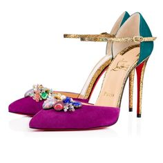 Christian Louboutin United States Official Online Boutique - Rivieraluna 100 Version Cassis Suede available online. Discover more Women Shoes by Christian Louboutin Look Fashion, Fashion Shoes, Luxury Fashion, Fashion 2017, Christian Louboutin Black Pumps, Louboutin Pumps, Louboutin Shoes Women, Special Occasion Shoes, Embellished Heels