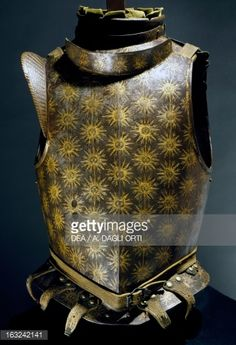 Stock Photo : Garniture armor in bronzed steel, gilded leather, which belonged to Emanuele Filiberto of Savoy (1528-1580), made in Turin by armourer Horace Calino in 1600, Italy, 17th century
