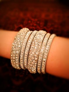 Vintage Indian bangles Bridal Bangles, Bridal Jewelry, Indiana, Indian Wedding Jewelry, India Jewelry, Indian Bangles, Bridal Accessories, Indian Outfits, Bangle Bracelets