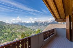 Stunning View From This Penthouse In Veysonnaz ! Click the link below to find out more ! Contact us : info Ch Switzerland, Wallis, Stunning View, Condominium, Apartments, Ski, How To Find Out, Deck, Real Estate