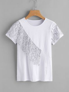 Sewing Clothes, Diy Clothes, Blouses For Women, T Shirts For Women, Jeans Material, Mode Hijab, Casual Tops, Floral Lace, Dress Patterns