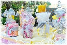 Candy bar in pink and yellow