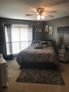 #bedroomdecor #bedroom decor neutral #bedroom decor grey walls #bedroom decor 2016 #49ers bedr Best Picture For  bedroom decor for small rooms women  For Your Taste You are looking for something, and it is going to tell you exactly what you are looking for, and you didn't find that picture. Here you will find the most beautiful picture that will fascinate you when called  bedroom decor for small rooms apartments . When you look at our dashboard, you can see that the number of pictures in our… Bedroom Decor For Women, Teen Bedroom Designs, Cute Bedroom Ideas, Room Ideas Bedroom, Small Room Bedroom, Home Decor Bedroom, Bedroom Ideas For Small Rooms Women, Cozy Bedroom, Small Bedrooms