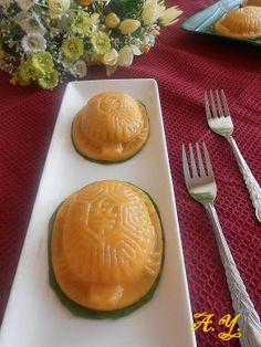 Aunty Young(安迪漾): 番薯豆蓉红龟糕(Sweet potato Ang Ku kuih)
