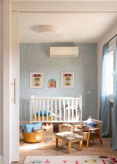 Un piso de 85 metros en Madrid muy bien aprovechado Ideas Geniales, Madrid, Toddler Bed, Inspiration, Furniture, Home Decor, Flat, Home Decorations, White Flats