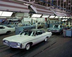 Chevy plant 1969 Cars Usa, Chevrolet Impala, Car Photos, Old Cars, Muscle Cars, Vintage Cars, Dream Cars, Classic Cars, Automobile