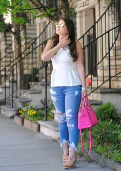 Classic Uniform: White Top and Denim Stylish Outfits, Fashion Outfits, Womens Fashion, Style Blog, My Style, Blogger Style, Pink Accents, White Tops, What To Wear