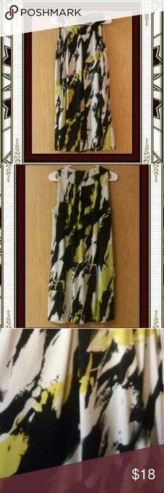 """AB STUDIO SleevelessTrapeze Pocket Dress Easy breezy trapeze dress for summer! Fully lined with a round neck and side pockets. Colors in olive green, yellow, black & white.  PLEASE NOTE MEASUREMENTS: Shoulder to hem measures 36"""". Side to side at armpit is 20"""". Easily stretches to 22.5"""".  I LOVE OFFERS but PLEASE.......no lowballs 😘 AB Studio Dresses Midi"""