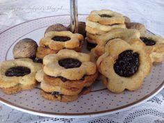 Ciasteczka orzechowe z dżemem PRZEPIS