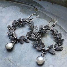 Handmade Pearl Earring by TerezaOJewelry on Etsy