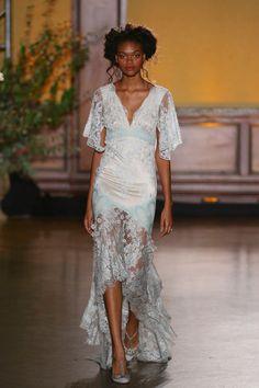 'The Gilded Age' Claire Pettibone's Divine Fall 2016 Bridal Collection