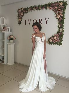 2016 Summer Beach Chiffon Wedding Dresses Lace Top Side Slit Garden Elegant Bridal Gowns - mother of the bride dresses, engagement dresses, designer prom dresses *ad Wedding Robe, Lace Beach Wedding Dress, Wedding Dress Sleeves, Cheap Wedding Dress, Dream Wedding Dresses, Lace Dress, Dress Long, Lace Chiffon, Boho Wedding