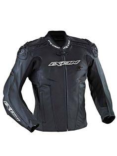 Topowa kurtka z oferty Ixon, przeznaczona dla osób poszukujących odzieży wykonanej w najnowocześniejszej technologii i z najlepszych dostępnych materiałów. Dostępna na www.Motocyklowy.pl #ixon #kurtka_motocyklowa #ixon_rocket