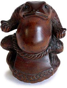 Wrestler Frog Netsuke