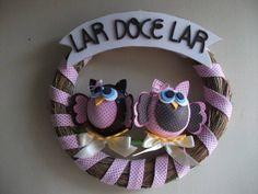 Guirlanda de palha decorada em E.V.A e corujas em 3d. Peça a pronta entrega. R$ 39,20