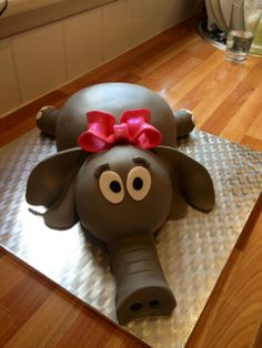 Idc how old I am, I want an Elephant Cake for my birthday!