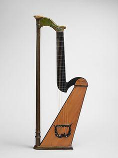 1827 French Harp guitar at the Metropolitan Museum of Art, New York