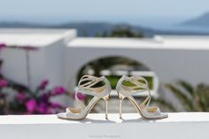 #queen #king #heliotoposweddings #weddingsinsantorini #fairytale #weddingshoes #highheels #cinderella #sparklingshoes #luxuryshoes #diamonds #imerovigli #weddingplanner #nameundertheshoe #meandyouforever #weddingstyle Santorini Wedding, Luxury Shoes, Wedding Shoes, Fairytale, Cinderella, High Heels, Diamonds, King, Pairs