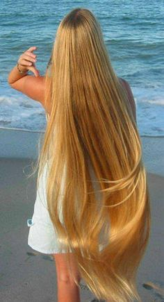 Natural Hair Care Tips That Will Show Your Beauty From Any Angle Chi Chi, Dark Hair, Blonde Hair, Beautiful Long Hair, Gorgeous Hair, Natural Hair Styles, Long Hair Styles, Cut Her Hair, Super Long Hair