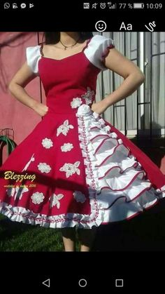 Dance Outfits, Dance Dresses, Cute Outfits, Unique Dresses, Vintage Dresses, Beautiful Dresses, Mexican Outfit, Party Frocks, Spanish Fashion