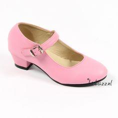 Spaanse schoenen roze www.laluzz.nl