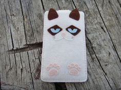 Grumpy cat cell phone case, felt cover, samsung s3, s4, s5, iPhone 4/4S, iPhone 5