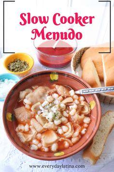 Slow Cooker Menudo Crock Pot Slow Cooker, Slow Cooker Recipes, Crockpot Recipes, Soup Recipes, Cooking Recipes, Mexican Menudo Recipe, Latin American Food, Latin Food, Beef Tripe