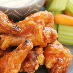 Crispy Baked Chicken Wings - with the best buffalo sauce - Foodtastic Mom Whole30, Best Tomato Soup, Baked Buffalo Wings, Sweet Potato Souffle, Crispy Baked Chicken Wings, Cheesy Potatoes, Party Potatoes, Dumpling Recipe, Chicken Wing Recipes