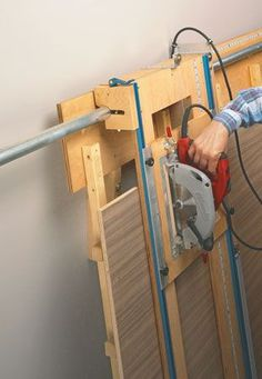 10$ Sliding Carriage Panel Saw | Woodsmith Plans