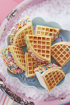 Delicious Ice Cream Sandwich Recipes The rainbow coating on these waffle ice cream sandwiches adds a little party to your summer dessert platter. The rainbow coating on these waffle ice cream sandwiches adds a little party to your summer dessert platter. Mini Desserts, Easy Summer Desserts, Ice Cream Desserts, Ice Cream Recipes, Dessert Recipes, Ice Cream Cookies, Recipe For Ice Cream Cakes, Waffle Desserts, Desserts Keto