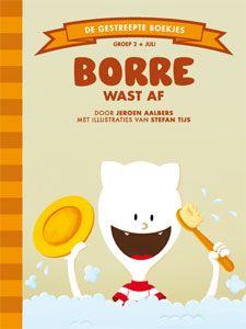 'Borre wast af' - Borre is met papa, mama en Pluisdier het huisdier op de camping. Ze hebben lekker gegeten, maar nu moet er afgewassen worden en het is Borres beurt. Hij heeft weinig zin in afwassen, maar zoals papa zegt: 'De kaboutertjes gaan het ook niet doen.' Daar heeft papa gelijk in, vindt Borre. Toch gaat hij eerst nog even voetballen. Die afwas kan altijd nog… (tekst: Jeroen Aalbers, illustraties: Stefan Tijs)