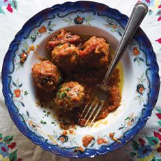 Albondigas!!  Best word in Spanish - maybe these will be the right recipe (replace white wine with sherry?