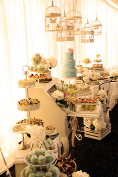 I guess you could say I have an obsession with dessert tables...maybe because I have a sweet tooth ?