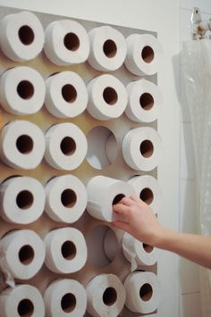 It's amazing how much you appreciate toilet paper art after 4 1/2 years at a paper company...