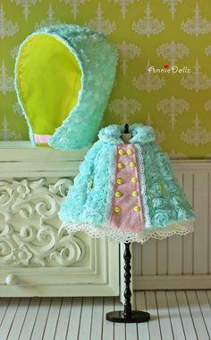 PO Anniedollz Blythe Outfits Rose Hooded Cape Mint por anniedollz
