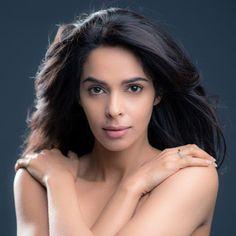 mallika sherawat topless