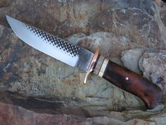 Made from an old horse rasp, this desert ironwood and walrus fighter is just plain awesome Cool Knives, Knives And Swords, Trench Knife, Forged Knife, Forging Knives, Tactical Knives, Wooden Walking Sticks, Handmade Knives, Knife Sharpening