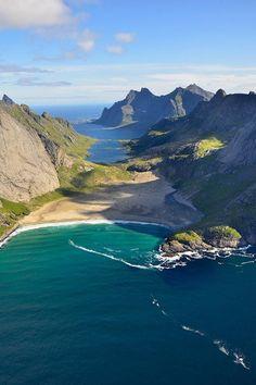 sublim-ature:  Lofoten, NorwayAndre Ermolaev