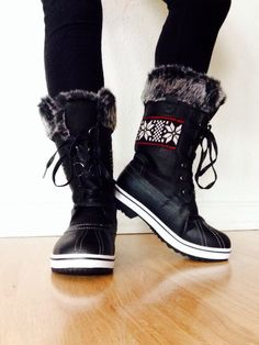 Fashion, Style And Beauty : Suede Women's winter ugg boots snow/snow ugg boots Cute Winter Boots, Cute Boots, Ugg Boots Outfit, Looks Cool, Over The Knee Boots, Fashion Boots, Emo Fashion, Me Too Shoes, Ideias Fashion