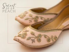 Rajasthani Mojdi- Handcrafted Designer Bellies – The Mommypedia Coral Sandals, Shoes Flats Sandals, Bridal Sandals, Indian Shoes, Wedding Shoes Bride, Floral Flats, Womens High Heels, Beautiful Shoes, Shoe Collection