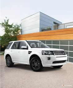Celebrating its fifth anniversary in India, the company introduces Land Rover Freelander 2 Sterling edition in the country Freelander 2, Land Rover Freelander, Latest Pics, Latest Picture, New Launch, Car Images, Car In The World, Range Rover, Offroad