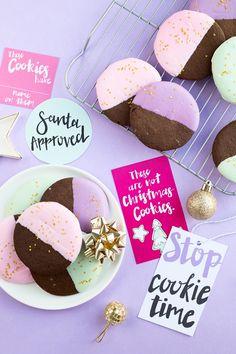 色は、ジンジャーブレッドクッキー+クッキー・スワップのPrintablesをディップ|  studiodiy.com