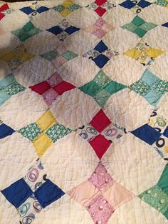 Vintage ARCH Quilts  68 X 86 Bedspread Quilt Amish