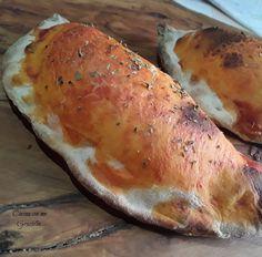 Calzoni al forno(panzerotti al forno) Pizza, Bread, Ethnic Recipes, Pains, Lunches, Future, Inspiration, Oven, Italian Desserts